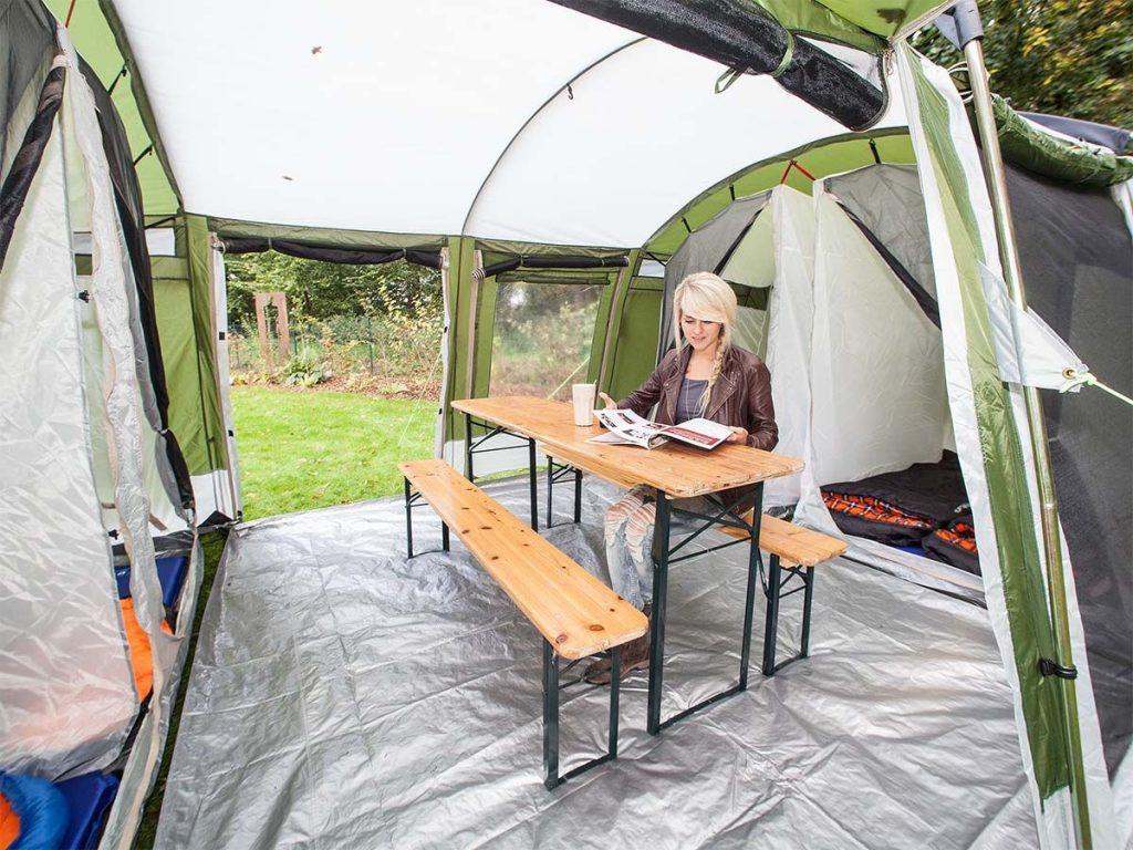 espace commun de la tente Skandika Montana